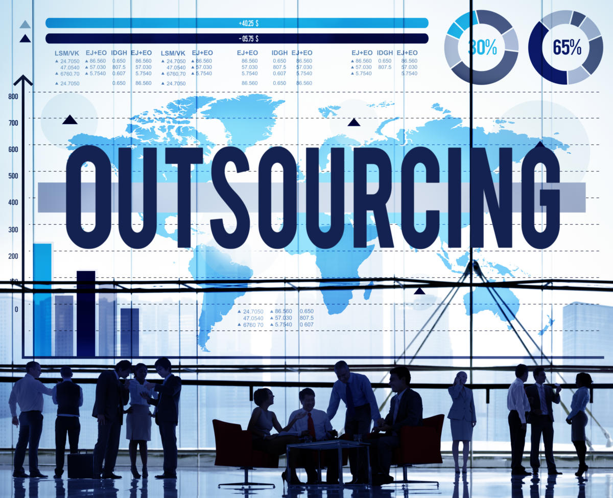 Planning to outsource an IT support provider to help your business?? Consider these crucial factors